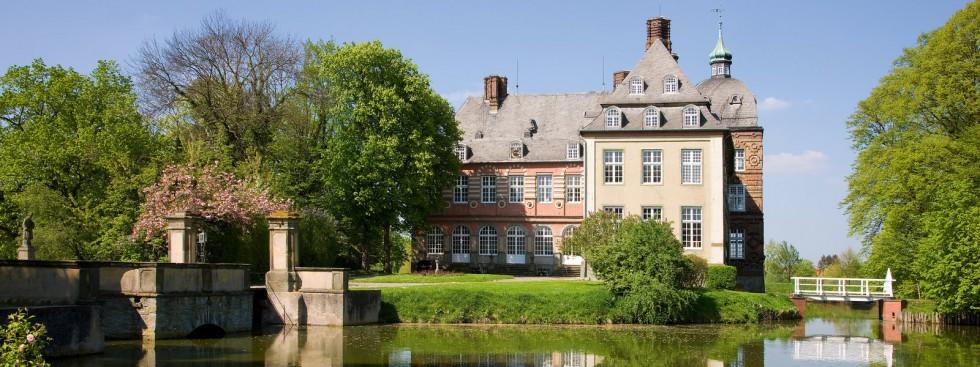 cropped-Schloss-Hovestadt-Impressionen-1.jpg